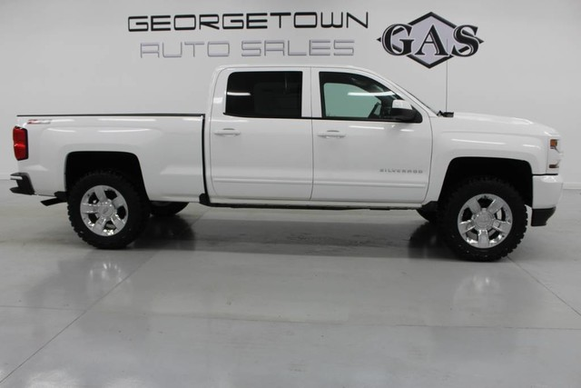 Pre Owned 2017 Chevrolet Silverado 1500 Lt Pickup Truck In